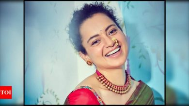 Kangana Ranaut kickstarts the next schedule of 'Tejas' in Delhi on a sweet note; see picture - Times of India