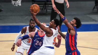 Knicks thump Pistons to head into All-Star break over .500