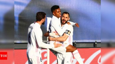 La Liga: Real Madrid overcome Elche 2-1 with late Benzema double   Football News - Times of India