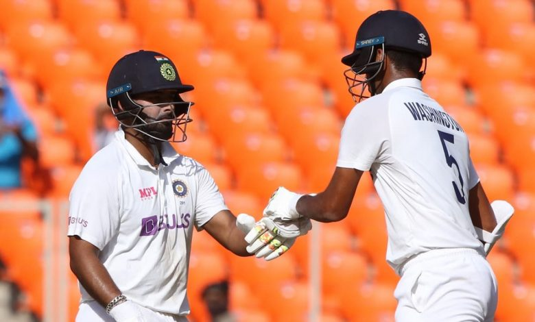 Live Report - India vs England, 4th Test, Ahmedabad, 3rd day