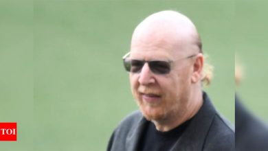 Manchester United co-chairman Avram Glazer to sell $100 million worth of shares | Football News - Times of India