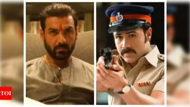 'Mumbai Saga' box-office collection day 1: The John Abraham and Emraan Hashmi starrer earns Rs 2.75 crore on its opening day - Times of India