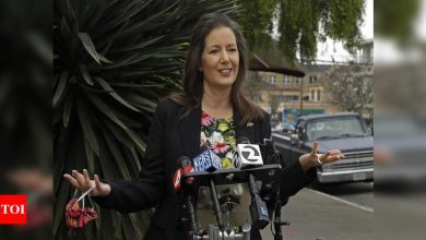 Oakland launches guaranteed pay plan for low-income people - Times of India