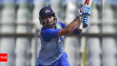 Shaw breaks Dhoni and Kohli's record with unbeaten 185 in Vijay Hazare Trophy | Cricket News - Times of India