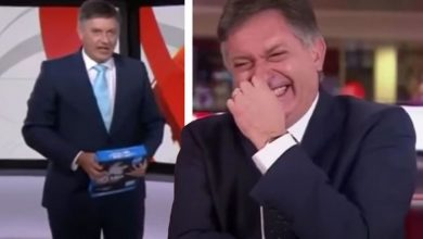 Simon McCoy gifted with pack of paper as hilarious leaving gift after viral iPad mistake