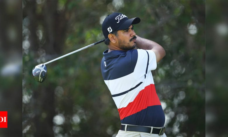 Third-placed Gaganjeet Bhullar in contention in windy Doha, Shubhankar Sharma also makes cut | Golf News - Times of India