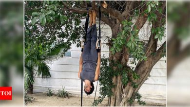 When Sidharth Malhotra took the literal meaning of the words 'hang' and 'out' - Times of India