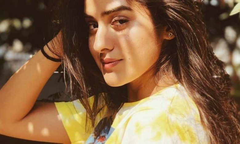 Sakshi Vaidya's posts will steal your heart