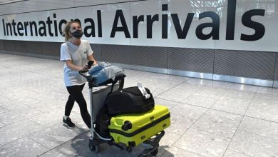 Passengers arriving in Scotland on flightsfrom India must now hotel quarantine