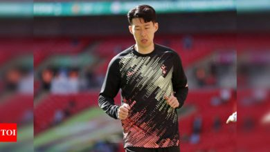 Manchester United ban six fans for alleged social media abuse of Tottenham's Son Heung-min | Football News - Times of India