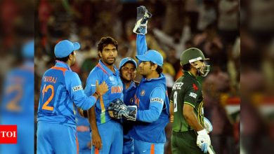 2011 World Cup semi-final between India and Pakistan was a final in itself: Simon Taufel | Cricket News - Times of India