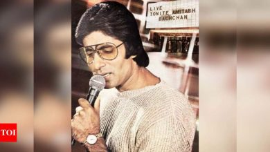 Amitabh Bachchan shares a throwback picture from his live performance at Madison Square Garden - Times of India
