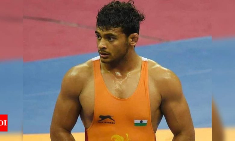 Deepak Punia settles for silver, Ravinder ends up with bronze at Asian Wrestling Championship | More sports News - Times of India