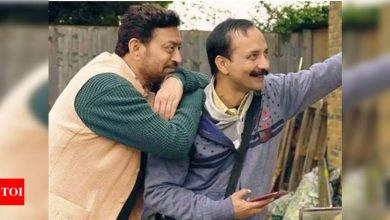 Exclusive! Deepak Dobriyal fondly remembers Irrfan Khan: He was a performer who chose to forget his own pain - Times of India