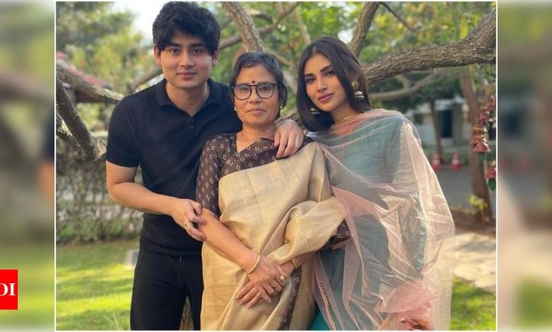 Exclusive: Mouni Roy opens up about her recent trip to Madurai with her family - Times of India