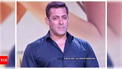Exclusive! Salman Khan to juggle between 'Tiger 3' shoot and promotions of 'Radhe: Your Most Wanted Bhai'? - Times of India