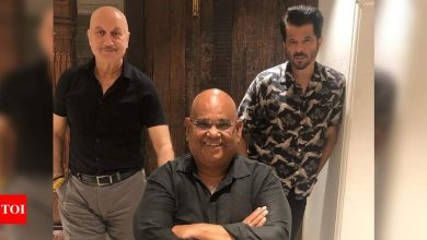 Exclusive interview! Satish Kaushik on his birthday: Anupam Kher and Anil Kapoor were the first ones to wish me - Times of India