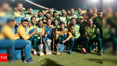 Fakhar flays South Africa as Pakistan seal T20 series with nervy win | Cricket News - Times of India