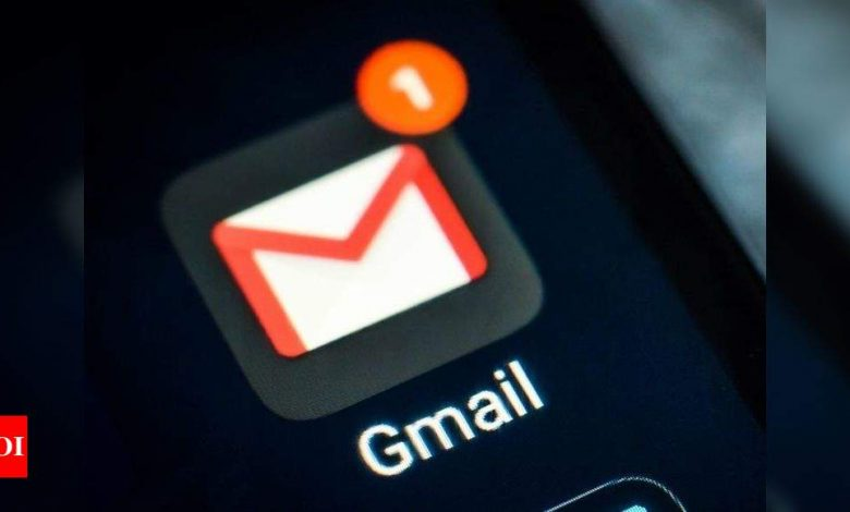 Google is now rolling out Chats and Rooms integration to personal Google accounts - Times of India