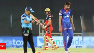IPL 2021, DC vs RCB: AB de Villiers delivers again as Royal Challengers Bangalore pip Delhi Capitals by one run   Cricket News - Times of India