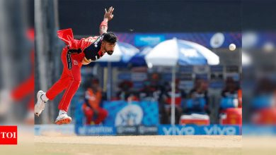 IPL 2021: RCB pacer Mohammed Siraj makes the most of art and graft | Cricket News - Times of India