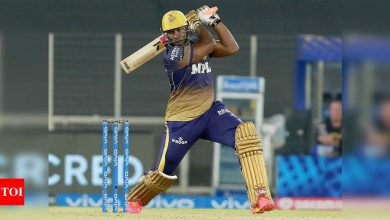 IPL 2021: Russell's late fireworks take KKR to 154/6 after batting collapse against DC | Cricket News - Times of India