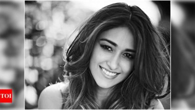 Ileana D'Cruz: My mom always makes hot cross buns for Easter, but she reinvents them - Times of India