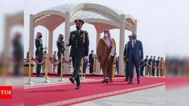 Iran, Saudis hold talks in Baghdad, few expect quick results - Times of India