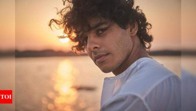 Ishaan Khatter's 'Instagram v reality' video will make you go ROFL - Times of India