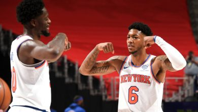 Knicks snap skid in style with 44-point pounding of Pistons