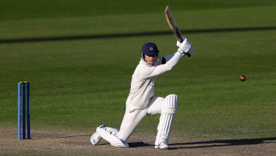 Lancashire on top after Dane Vilas 189 but weather gives Sussex a glimmer