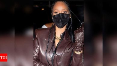 Man asks protester for her Instagram without realising it's Rihanna - Times of India