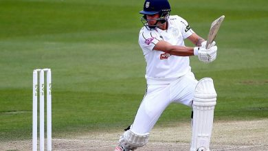 Nick Selman and Billy Root give Glamorgan a chance for victory push