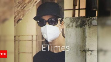 PHOTOS: Katrina Kaif steps out of her house for the FIRST time after testing negative for COVID-19 - Times of India