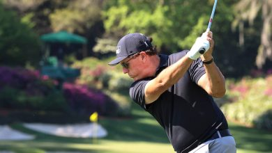 Phil Mickelson not ready to give up playing on PGA Tour