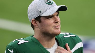 Sam Darnold admits being rejected by Jets 'stings a little bit'