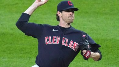 Shane Bieber-Lucas Giolito pitchers' duel doesn't disappoint