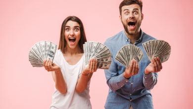 Signs your partner is after money, not love  | The Times of India