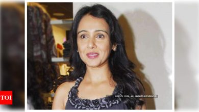 Suchitra Krishnamoorthi reveals the COVID-19 vaccine shortage is no rumour, says she was turned back from a hospital - Times of India