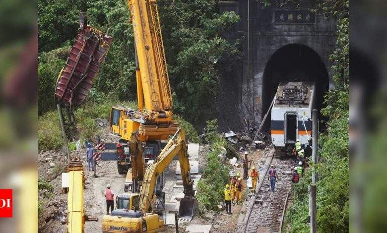 Taiwan releases train crash suspect on bond, prosecutors to appeal - Times of India