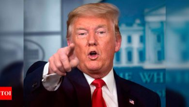 Trump goes after Pence, McConnell in speech to party donors - Times of India