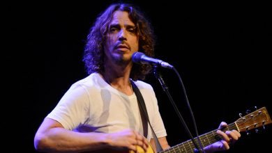 """Chris Cornell's Family Reaches Settlement With Doctor Who Prescribed Him """"Mind-Altering"""" Drugs"""