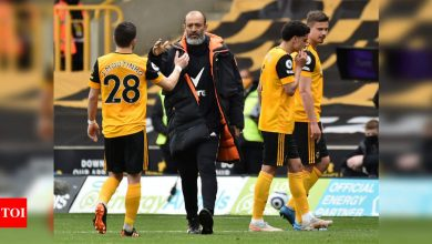 Premier League: Wolves leave it late to beat 10-man Brighton | Football News - Times of India