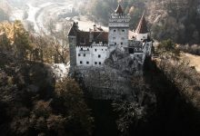 At Dracula's Castle, Doctors Offer Shot in the Arm Instead of Stake Through the Heart