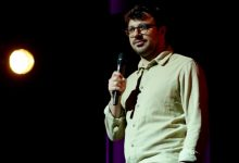 'The Inbetweeners' star Simon Bird debuts stand-up special, 'Debrief'