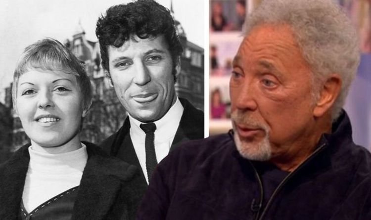 Tom Jones admits his marriage was 'kept quiet' when his first hit single was released