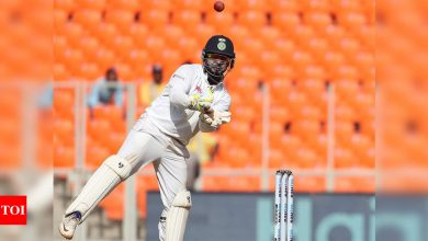 Rishabh Pant should be India's first-choice wicketkeeper in WTC final: Wriddhiman Saha   Cricket News - Times of India