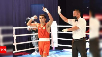Asian Boxing Championship: Shiva Thapa secures 5th successive medal, Hussamuddin goes down to world champ | Boxing News - Times of India