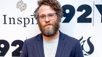 Fans struggle to recognise Seth Rogen in beardless 'Pam & Tommy' photo