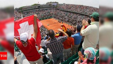 French Open:  Up to 1,000 fans allowed per court at French Open: Sports minister | Tennis News - Times of India